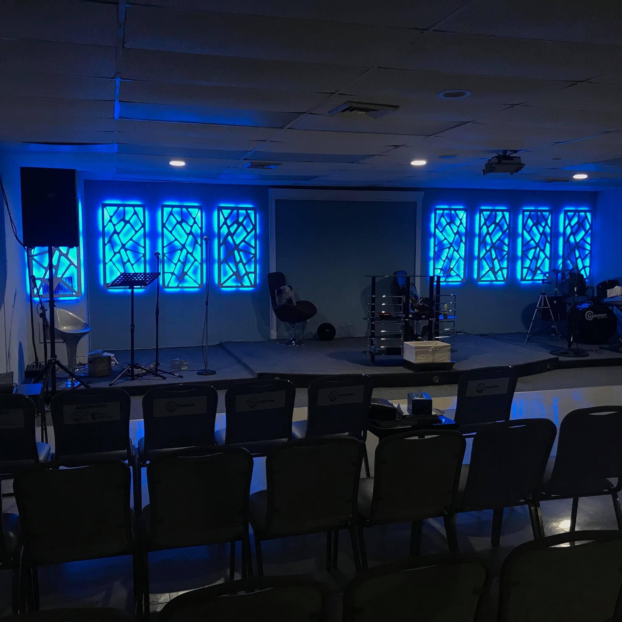 Casa de Adoración en Familia