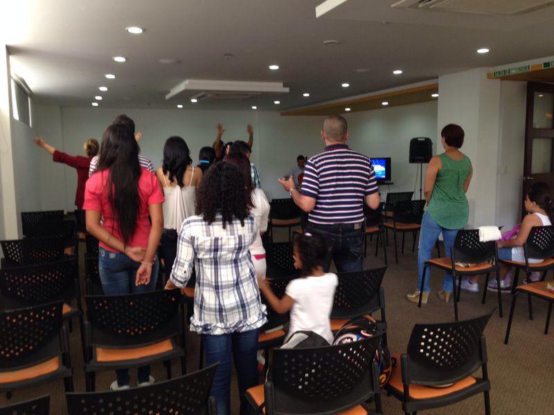 Rio de Dios Casa Apostlica Culto