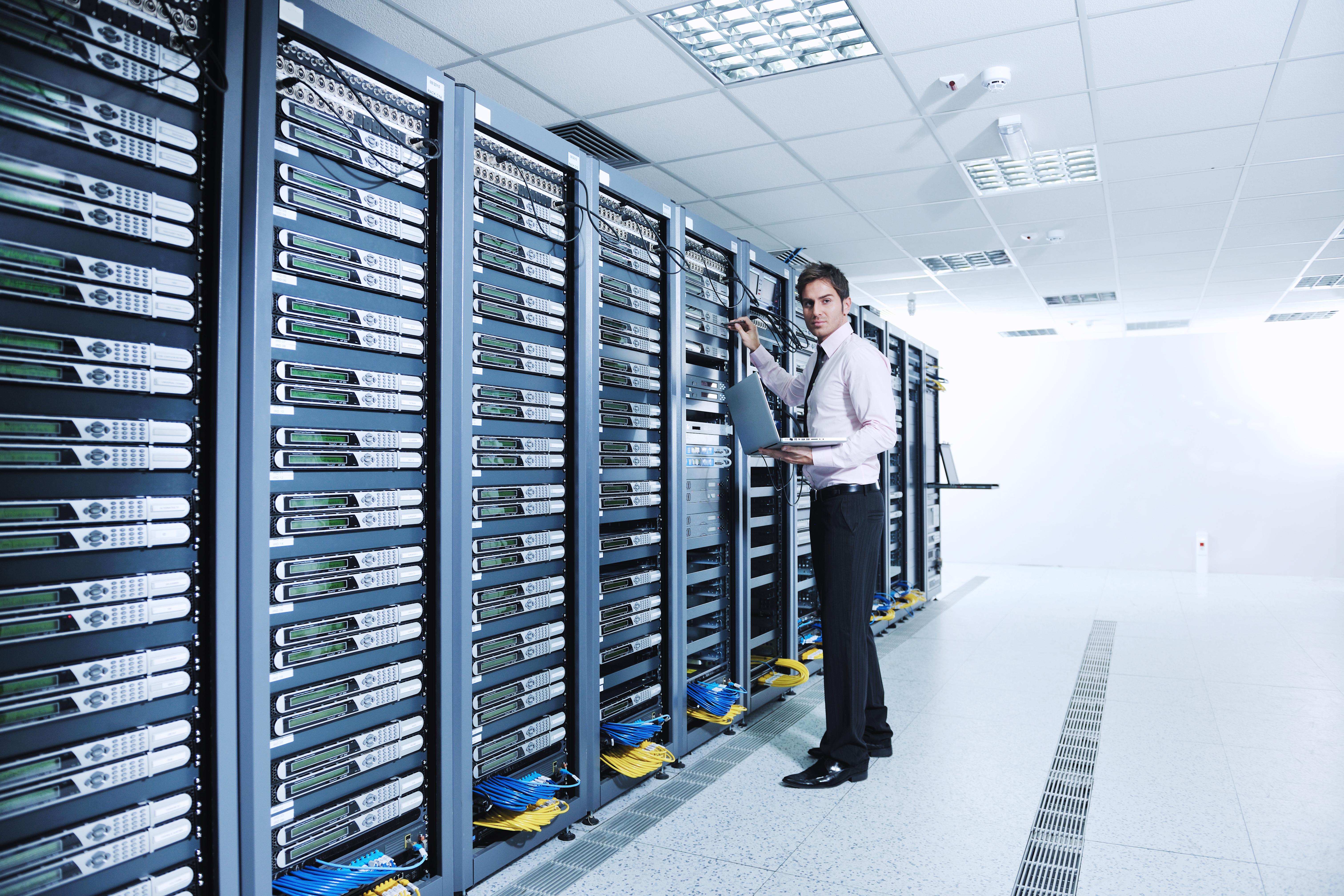 Datacenters, nubes y VM Servers