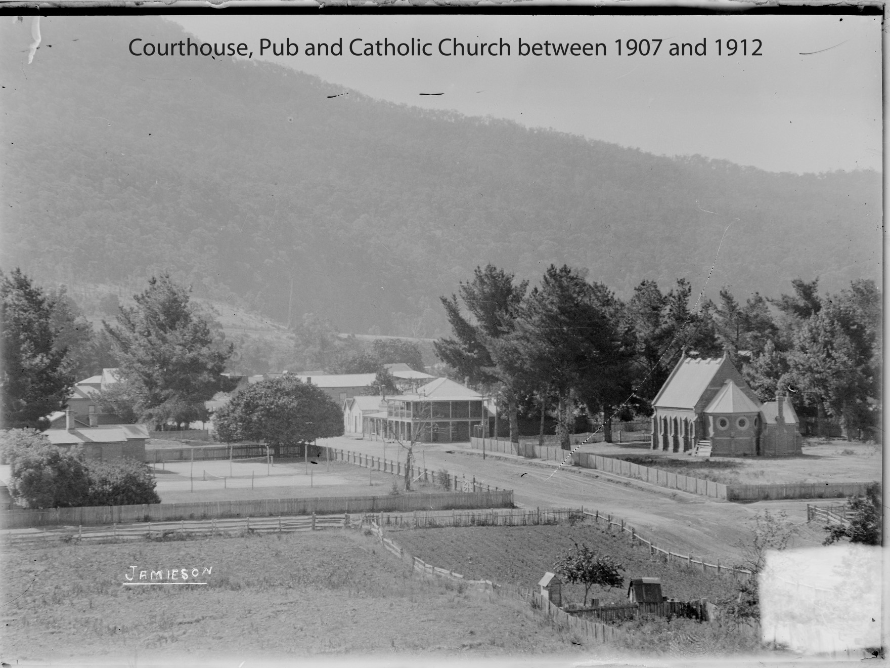 Catholic Church & Pub 1907-1912