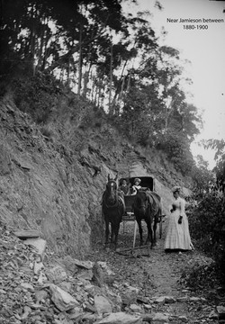 Carriage on track 1880-1900