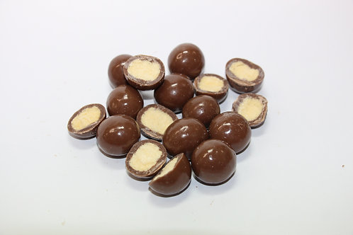 MALTED MILK CHOCOLATE BALLS