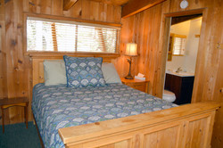 Dandys Queen Bedroom #1