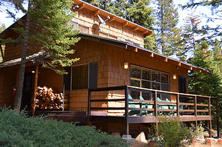 Exterior View of Vintage Dandy's Cabin Deck