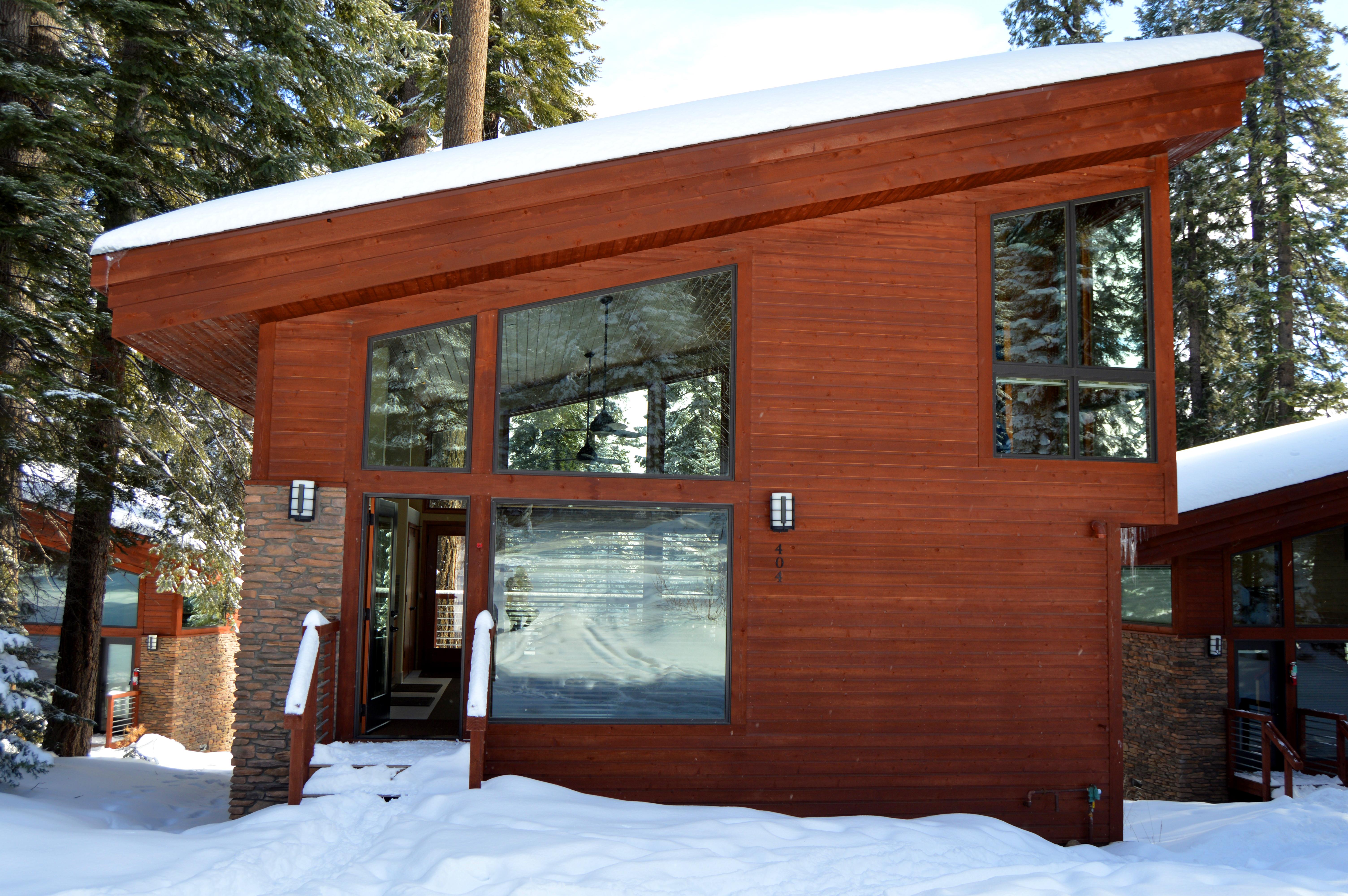 Forest Cabin Front Entrance