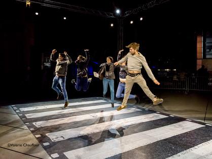 ©Les Nivaux Cross the Scan - Abbey road