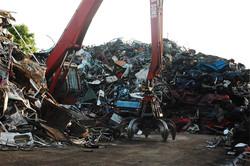 scrap-yard01