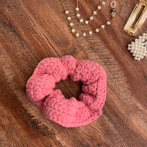 Velvet Scrunchie (Pink)