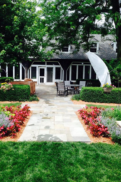 Beautiful Landscape Design in St. Charles Illinois