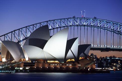 Sydney twilight opera house