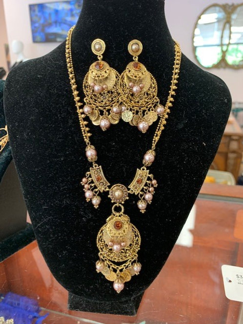 Fancy Necklace and Earing Set