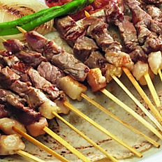 Quzu çop-şiş / Lamb on the skewer