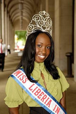 Miss Liberia US 2008-Hananatu Tunis