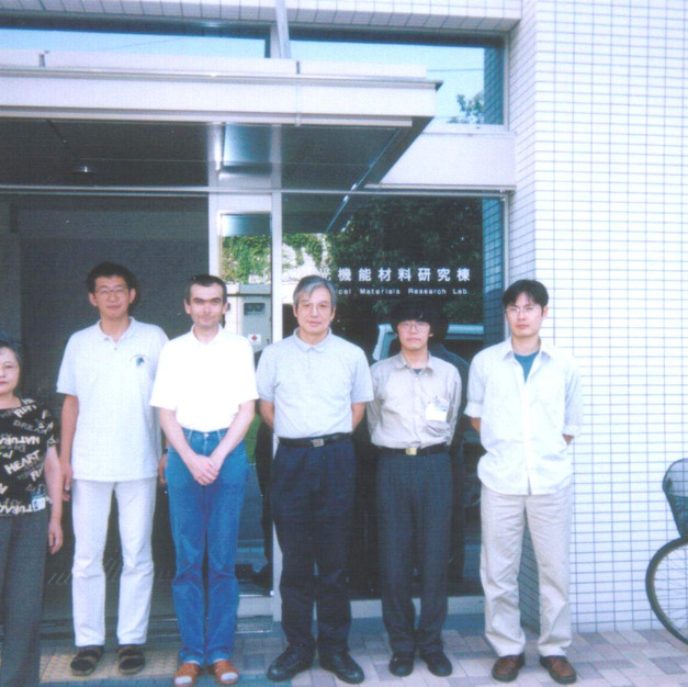 Ms Nakamura, Dr Kamada, me, Prof. Ohta, Dr Yamada and Dr Ohta (AIST, Kansai Center, Ikeda, 2002)