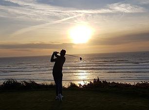 Sean Gunn golf.jpg