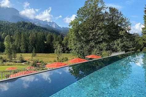 schloss-elmau-Shantigiri-pool.jpg.1200x8
