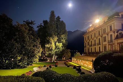 villa-deste-night.jpg.1200x800_q85.jpg