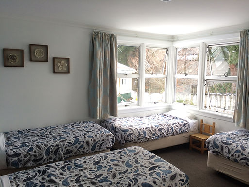 Family 4 bed room