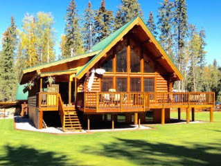 Beautiful Log Home on 9.8 acres in Central Alberta!