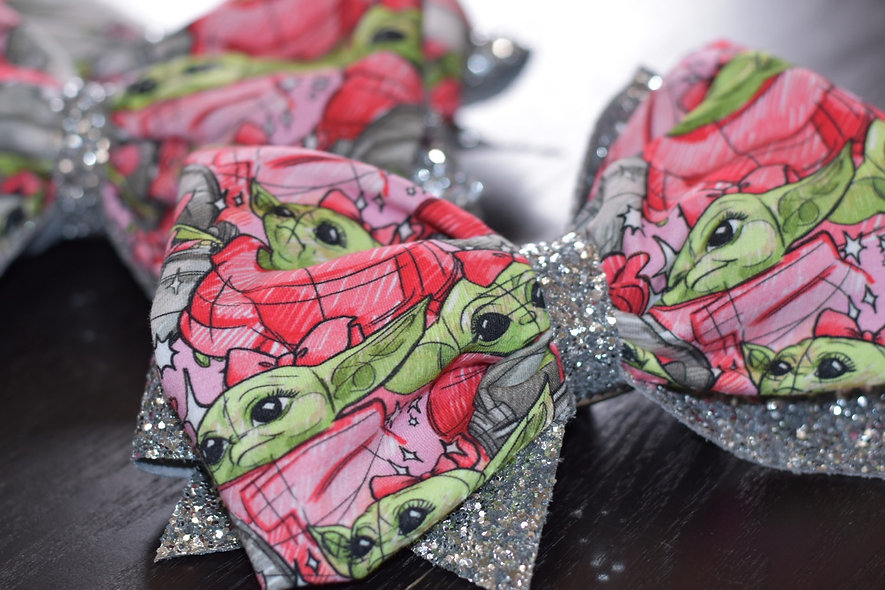 Baby Yoda Pink   Minnie Cheer Bow - Limited Edition