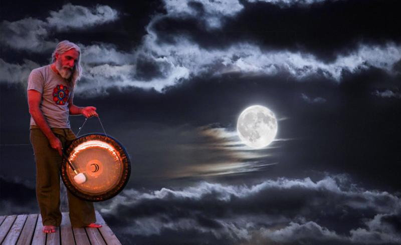 Enmanuel Hidalgo Infante Zehnstern Astrologie Steinbock Mond