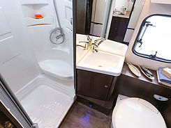 zefiro_690_washroom.jpg