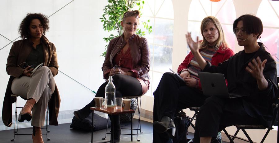 STRATEGIER FOR FREMTIDEN Samtale med Camara Lundestad Joof, Tale Næss og Miriam Prestøy Lie, ledet av Huy Le Vo Foto: Vera Lunde