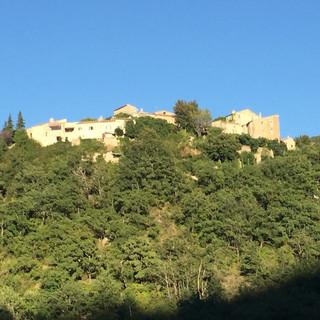 le village de Montaulieu d'en face, avec MonteOlivo sur la gauche