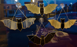 4 bats