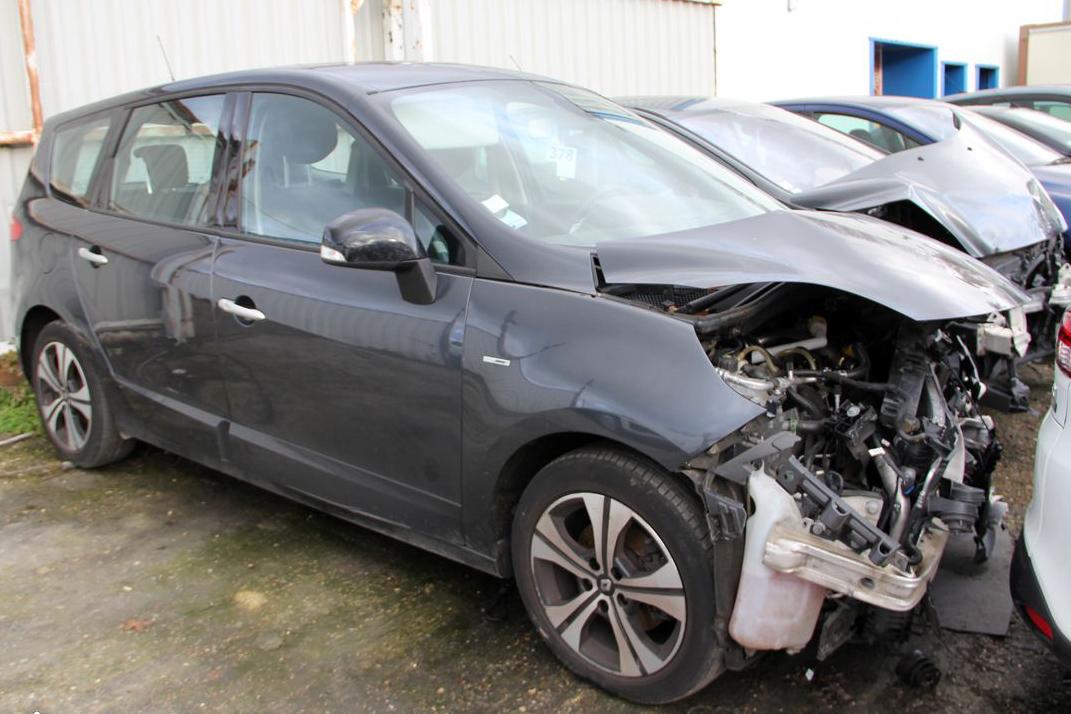 Renault grand scenic 1.5 dci 110 fap