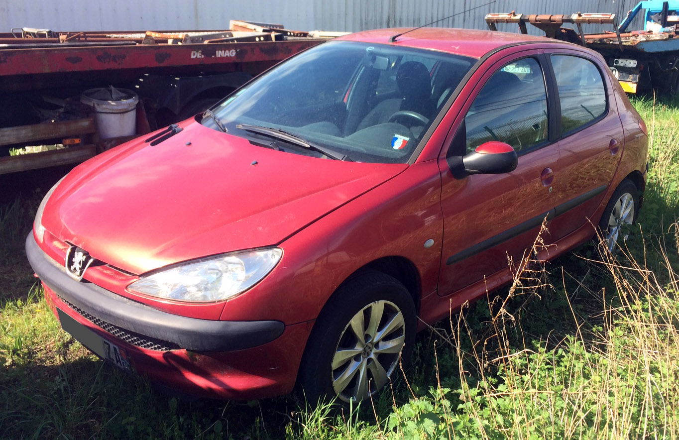 Peugeot 206 1.4HDi X Line accidentée