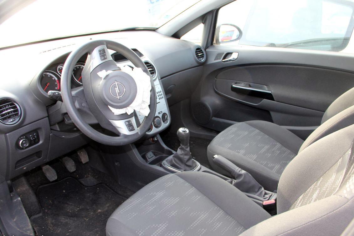 Opel Corsa accidentée