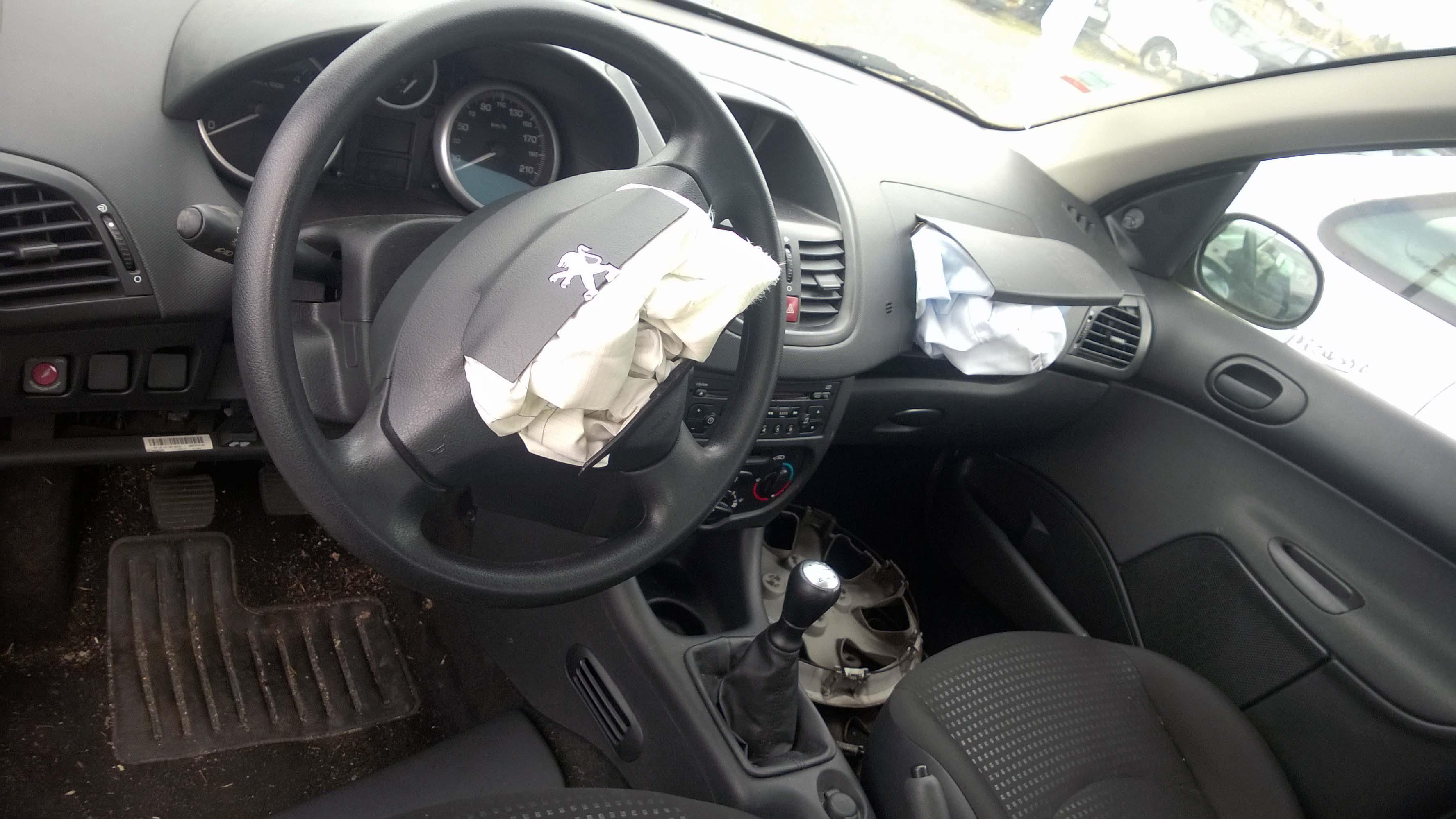 Peugeot 206+pour pièces