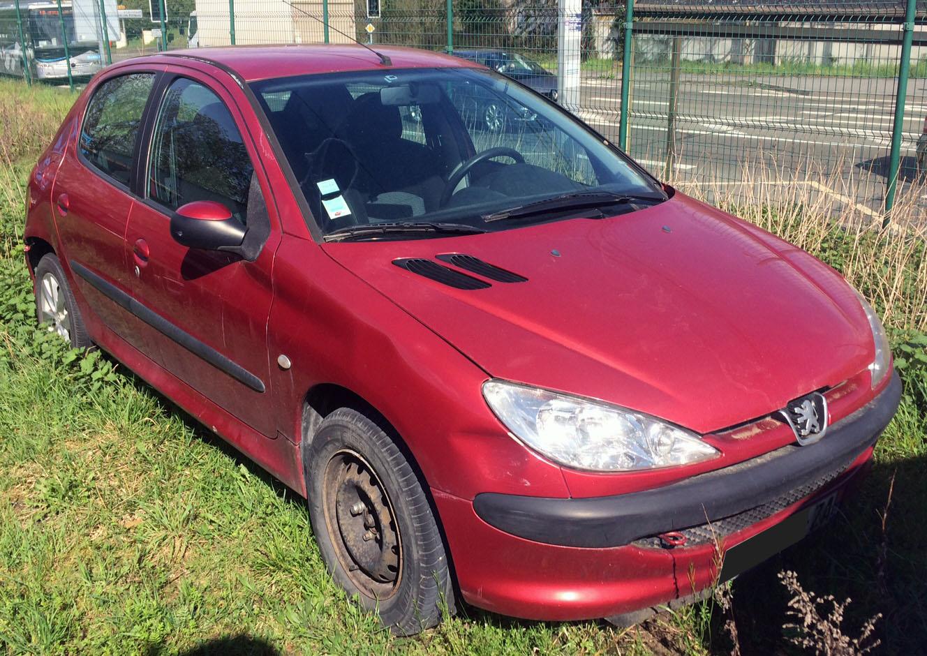 Peugeot 206 1.4HDi X Line accidentée
