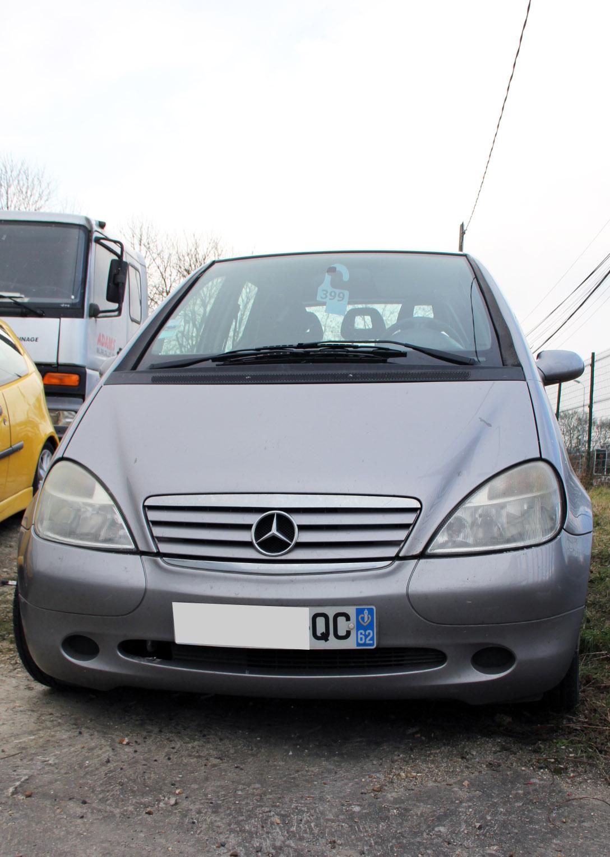 Mercedes Classe A 160 accidentée