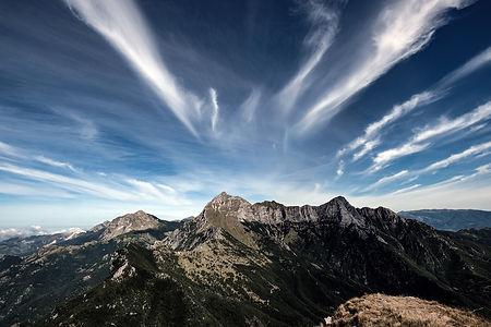 apuane, Slow travel tuscany, e-bike, trekking, experience, toscana