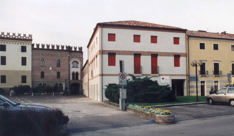 022 tribunal - Italia 1995 (3).jpg