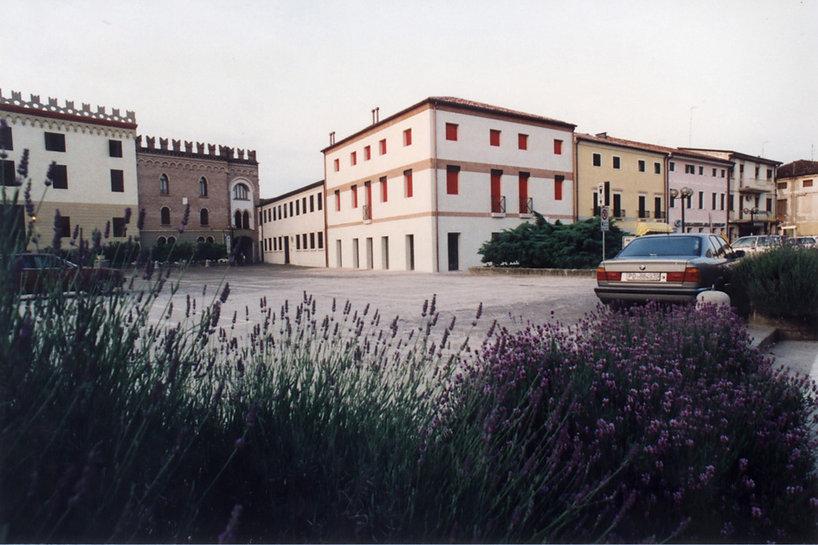 022 tribunal - Italia 1995 (1).jpg