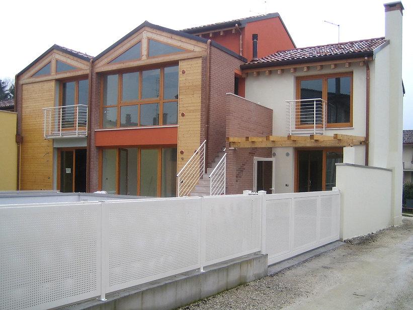 001 residence - Italia 2006 (11).jpg