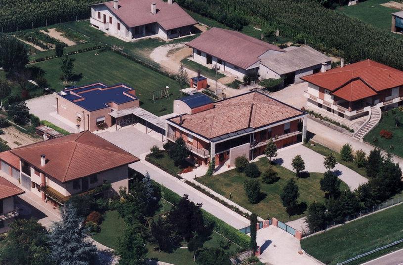 007 casa-escritorio - Italia 1992 (1).jp