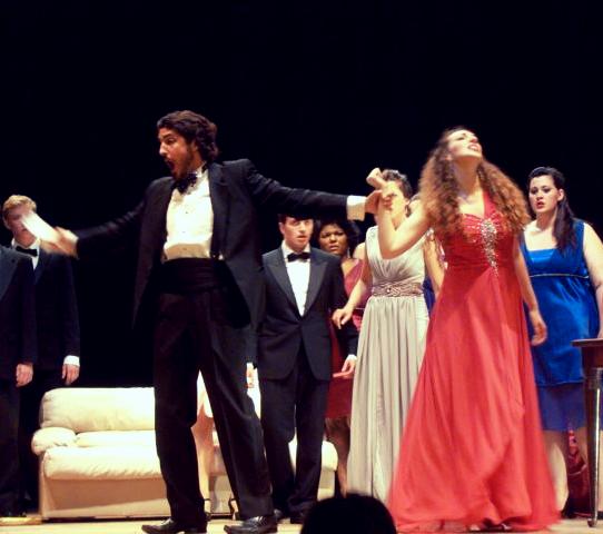 Alfredo, Violetta, Chorus