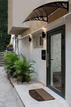 דלת כניסה לזיגמונד