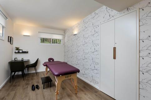 חדר טיפול מאובזר ואינטמי