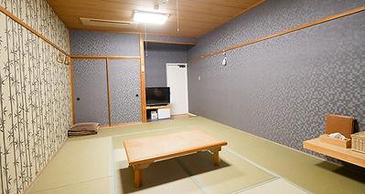 禅の湯 和室10畳.jpg