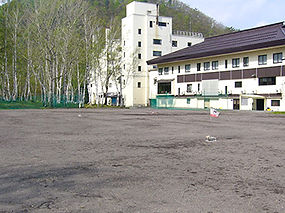ホテルサンバード 多目的運動場.jpg