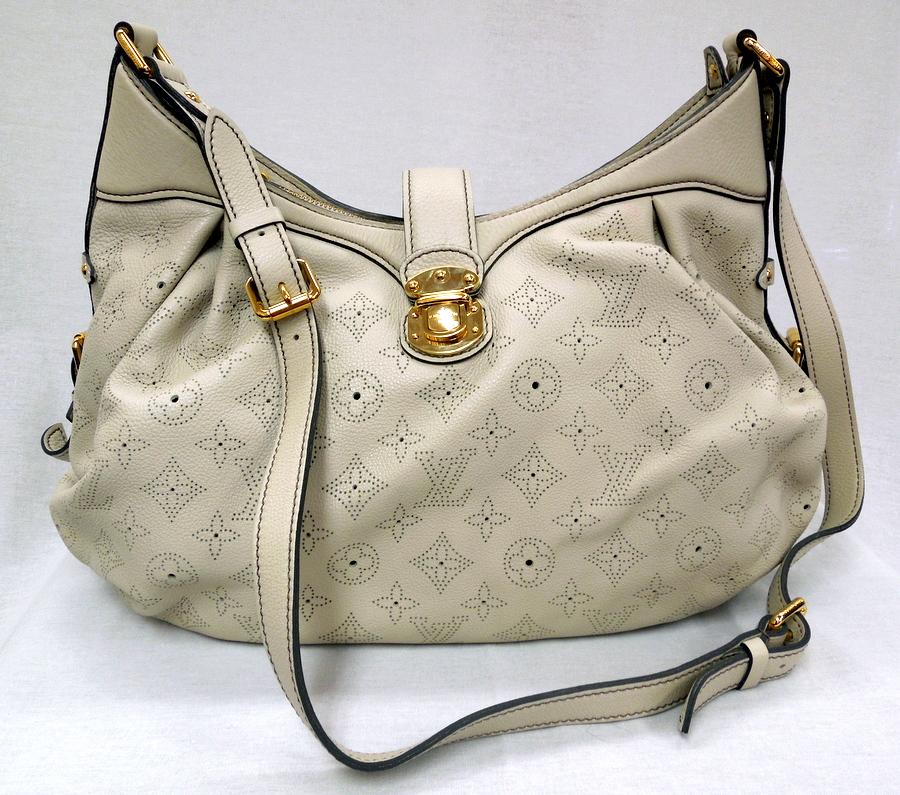Louis Vuitton- Mahina Tote