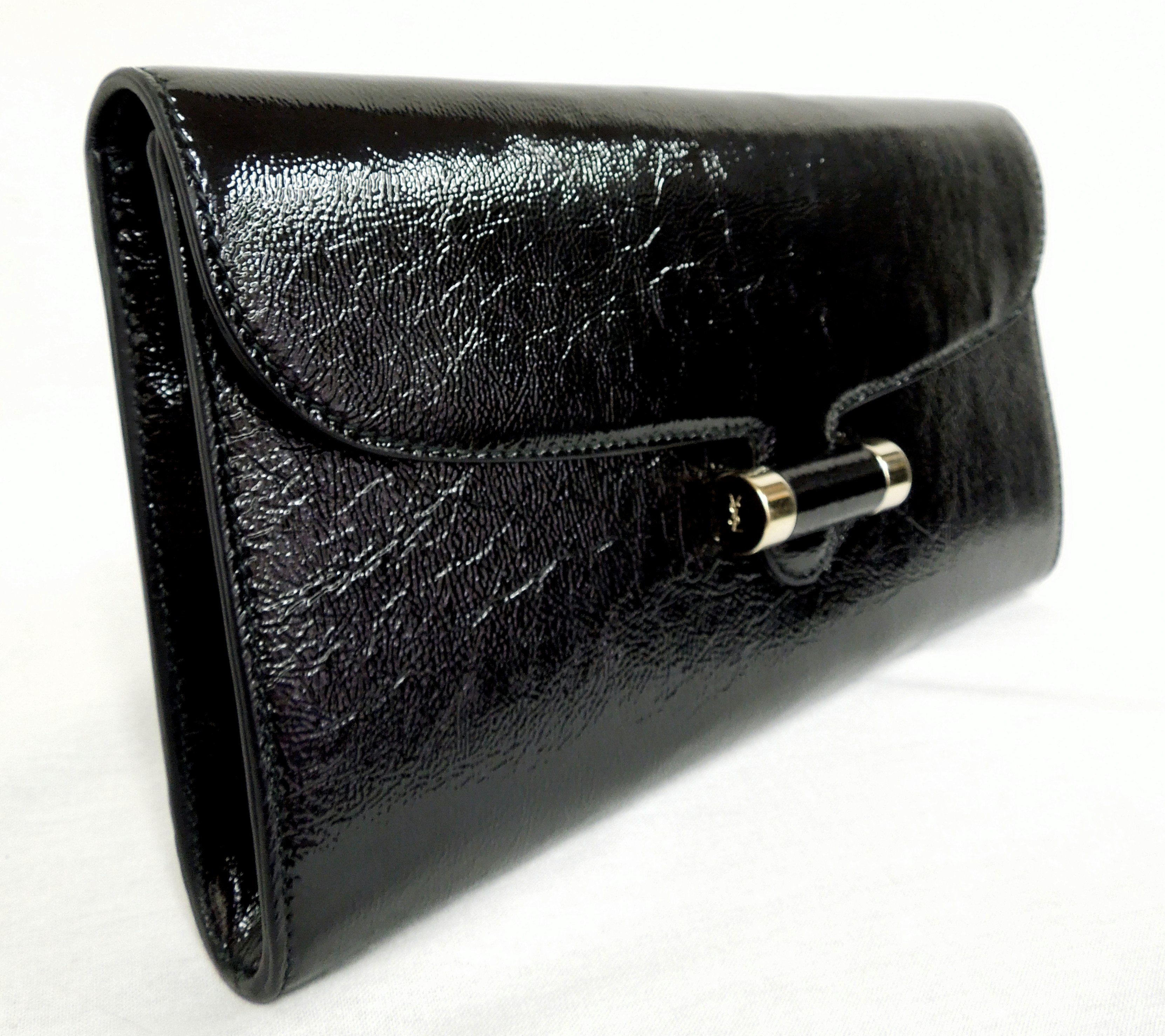 YSL- Crinkle Patent Clutch