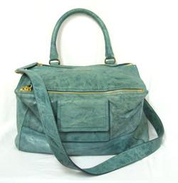 Givenchy- Pandora Bag