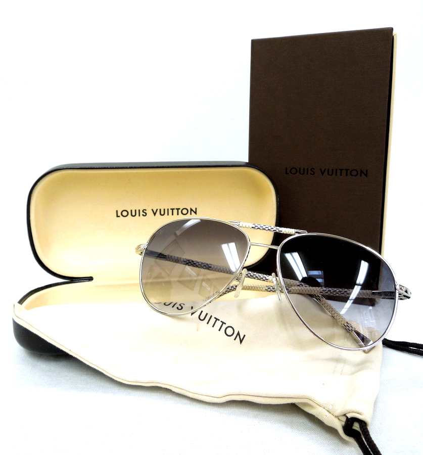 Louis Vuitton Damier Aviators