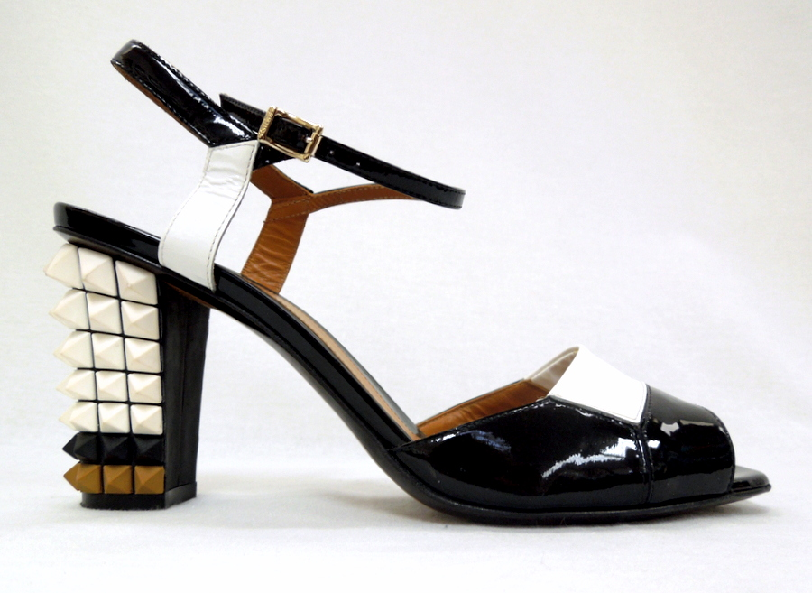 Fendi- Pyramid Sandals